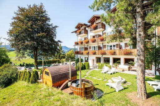 Sommerliches Hotel Solaia