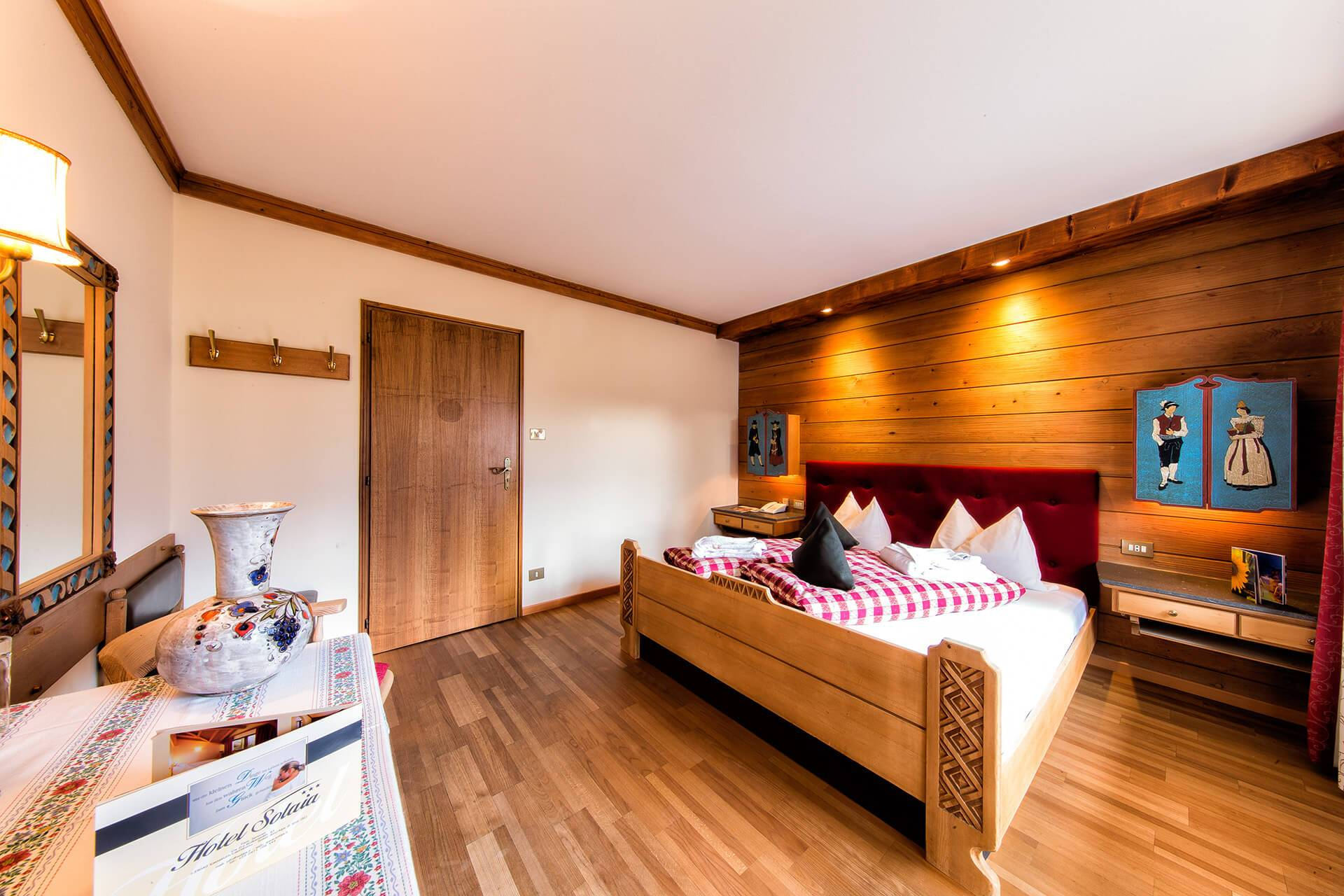 Zimmer und Ferienwohnungen in den Dolomiten – Seiseralm