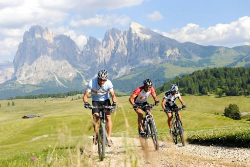 Hotel Solaia – Radfahren auf der Seiseralm